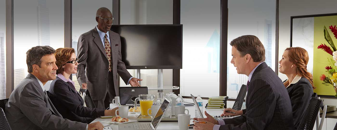 Furniture rental for commercial real estate professionals