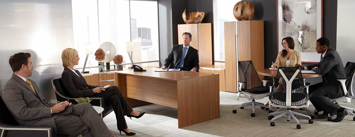 Flexible furniture solutions for midsize businesses