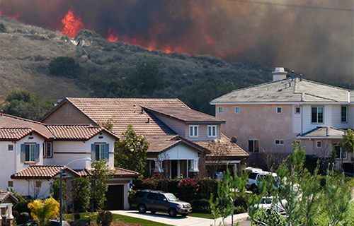 Mountain fires near homes