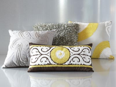 Rent the Petra Pillow Pack