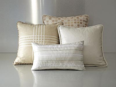 Rent the Mateo Pillow Pack