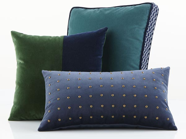 Rent the Lake Pillow Pack