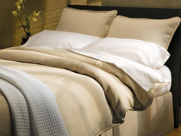 Rent the Retreat Duvet Set